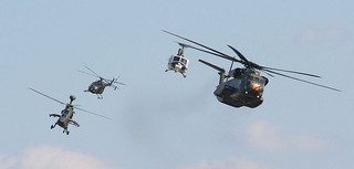 Helicopters closed formation