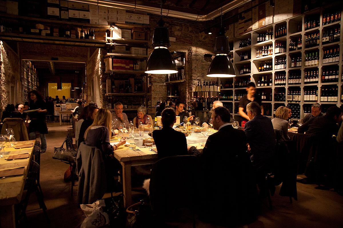 Five social media courses make one social media strategy meal for Italian dinner